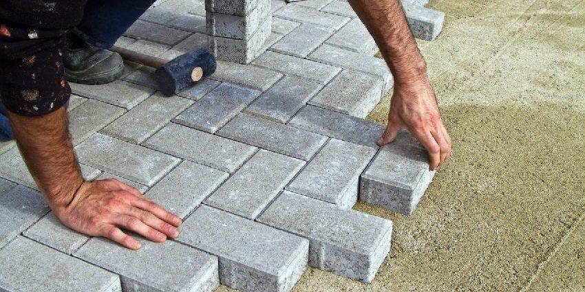 Укладка тротуарной плитки, расход и состав смеси