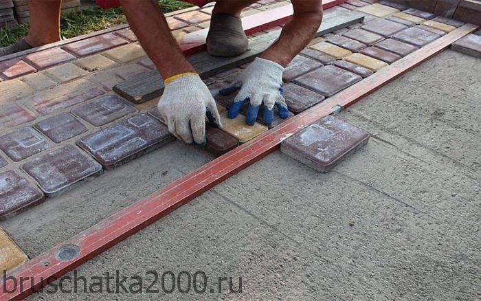 этапы укладки тротуарной плитки своими руками